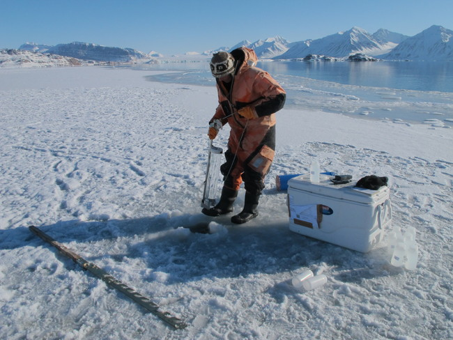Melissa_water sampling under ice_photo Agneta Fransson NPI[1].JPG